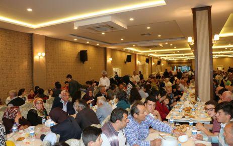 Of Dede Başkan Hasan Çakır'ın iftarında buluştu