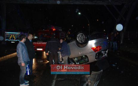 Of Sahil yolunda kaza; 2 yaralı