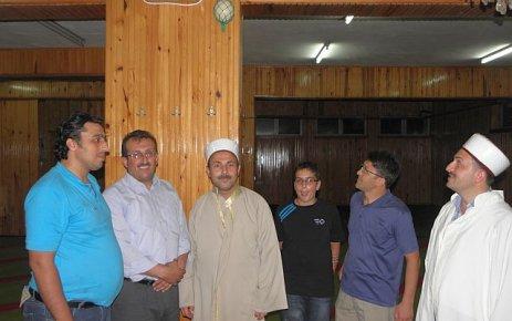 Of Sanayii Camii Devekuşu yumurtasıyla korunuyor