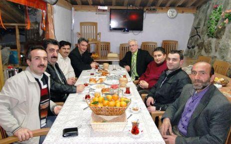 Oflu Gazeteciler yeni yıla birlikte girdiler