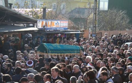 Oflu İsmail İstanbul'da toprağa verildi