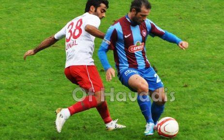 Ofspor öne geçtiği maçta Tepecikspor'a yenildi