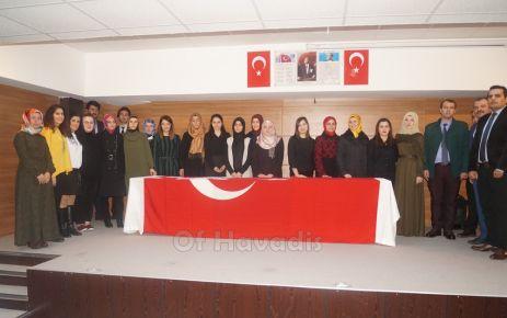 Of'ta 24 Kasım Öğretmenler Günü kutlandı