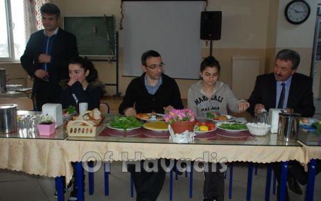 Öğrenciler Kaymakam Arslan'ı kahvaltıda konuk ettiler