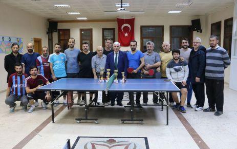 Öğretmenler Masa Tenisi Turnuvası'nda yarıştı