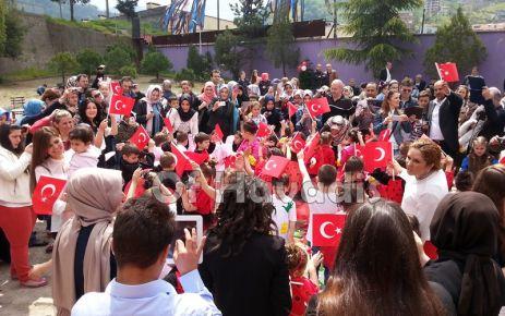 Şehit Ahmet Türkkan Anaokulunda 23 Nisan şenliği