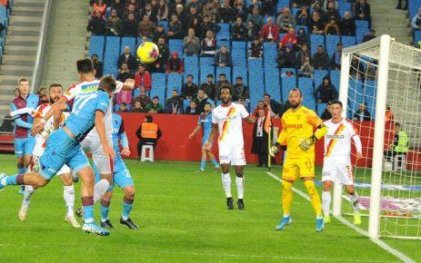Trabzonspor Göztepe kalecisi Beto'nu geçemedi