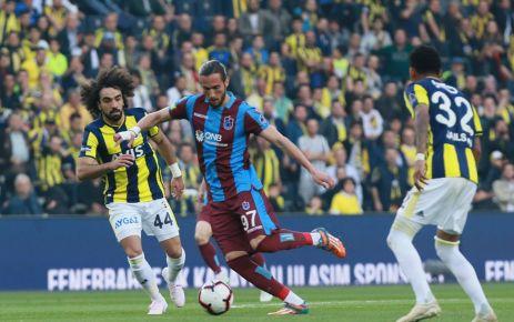 Trabzonspor Kadıköy'de galibiyeti son saniye golüyle kaybetti