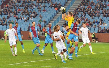 Trabzonspor Krasnodar'a 2-0 kaybetti
