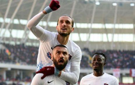 Trabzonspor Sivas'ı Burak ve Okay'la geçti