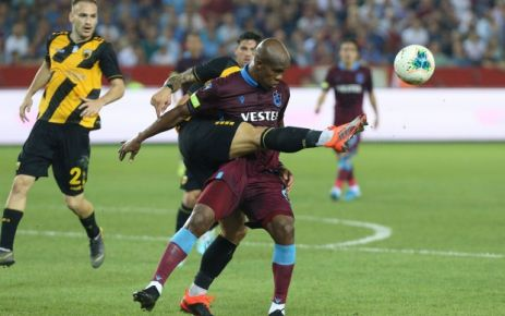 Trabzonspor UEFA Avrupa Ligi'nde gruplara kaldı