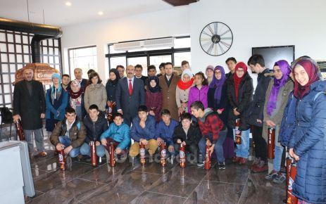 Yakup Türköz Öğrencilerine moral yemeği