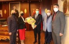 Öğretmenlerden Kaymakam Çiçek ve Başkan Sarıalioğlu'na ziyaret