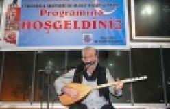 Esat Kabaklı'dan Oflulara türkü ziyafeti