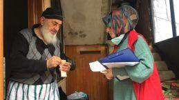 Of Vefa Sosyal Destek Grubu yaşlıların hizmetine koşuyor