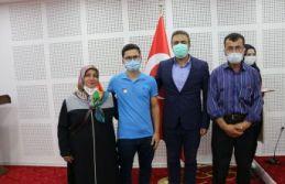 Bayraktar'dan Tıp Fakültesi kazanan öğrencilere...
