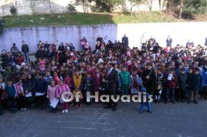 Of ŞÖAB İlkokulu miniklerinin karne heyecanı