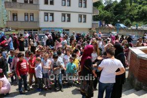 Of'ta 7 bin öğrencinin tatil sevinci