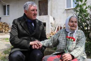 105 yaşındaki Asiye Nine'nin Cumhurbaşkanı Erdoğan