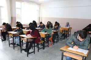 960 öğrenci Açık Öğretim Lisesi Sınavlarında ter d