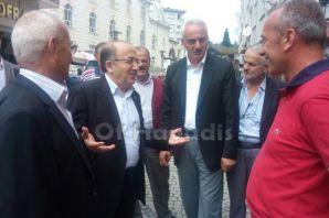 Başkan Gümrükçüoğlu Hayrat'ta vatandaşlarla buluşt