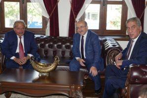 Başkan Gümrükçüğoğlu, Katarlı iş heyetini kabul et