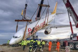Başkan Gümrükçüoğlu kazan yapan uçağı Trabzon için