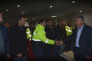 Başkan Sarıalioğlu Temizlik İşleri personeliyle bu