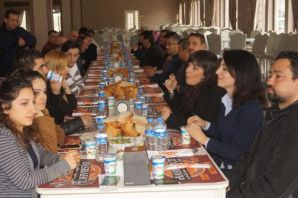 Başkan Sarıalioğlu ve Kaymakam Fırat Sağlıkçılarla