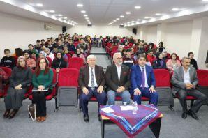 Yazar Kabahasanoğlu'ndan öğrencilere yazarlık söyl