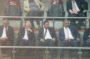 Ak Parti Trabzon kongresinde buluştu