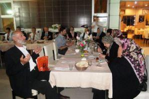 Gaziler ve aileleri yemekte buluştu
