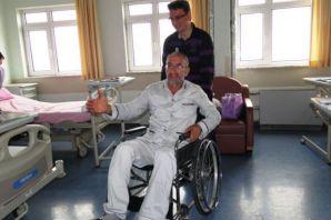 Ahmet Yaşar ameliyat oldu