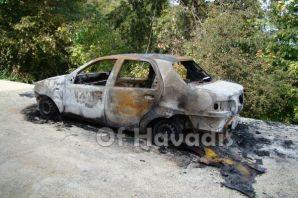 Of'ta Ticari Araç yakıldı