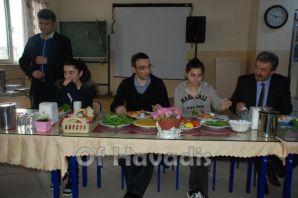 Öğrenciler Kaymakam Arslan'ı kahvaltıda konuk etti