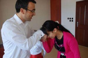 Kaymakam Arslan, Ermeni Gelini evladına kavuşturdu