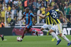 Trabzonspor Kadıköy'de galibiyeti son saniye golüy