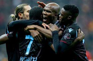 Galatasaray Trabzonspor'u Ümit Öztürk'le geçti