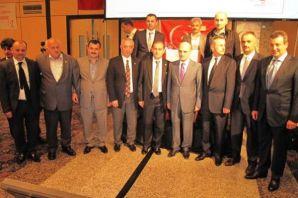 Bakan Bayraktar İstanbul'da Oflularla buluştu