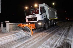 Trabzon'da kar mücadelesi aralıksız sürdürülüyor