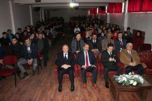 Mehmet Akif Ersoy 82. yılında Of'ta anıldı
