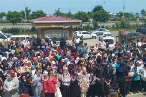 Ali Yeşilyurt İmam Hatip Ortaokulu'nda karne heyec