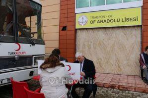 Of Anadolu Lisesi'nden Mehmetçiğe kan bağışı