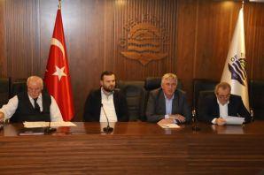 Belediye Meclisi'nden Barış Pınarı Harekatı'na des