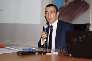 Kaymakam Arslan'dan kamu çalışanlarına Etik Eğitim