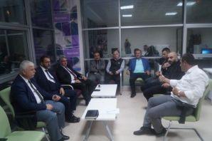 Of Kent Konseyi üyeleri Gençlik Merkezi'nde toplan