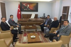Kaymakam Erdoğan'dan Kaymakam Fırat'a ziyaret