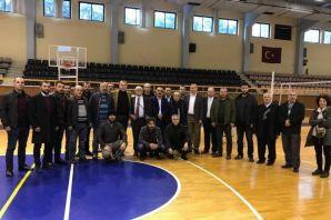İzmir Trabzonlular Derneğinin Oflu Başkanı Karal g