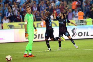 Trabzonspor namağlup lider Galatasaray'a 4 gol