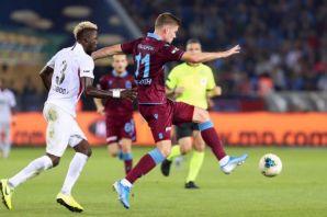 Trabzonspor Gaziantep'i farklı yendi, liderliğe yü
